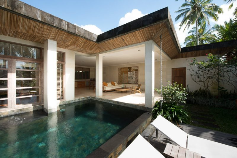 Enjoy a Bali Vacation while Staying at Luxurious Villa Resort